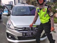 Uji Coba Perluasan Ganjil Genap Membuat Mobil Lebih Ngebut di Jalanan