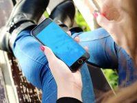 Hindari Penyebaran COVID-19, Begini Langkah Agar Ponsel Anda Bersih