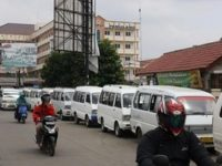 Tanggerang Selatan dan Semrawutnya Transportasi Umum